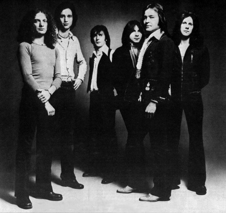 Playing Now:  COLD AS ICE by Foreigner | Tune in now https://t.co/3DofmEsU8Y -- 50s Thru 80s -- 4 Decades of My Faves #oldies https://t.co/Zmkq7jOc3F