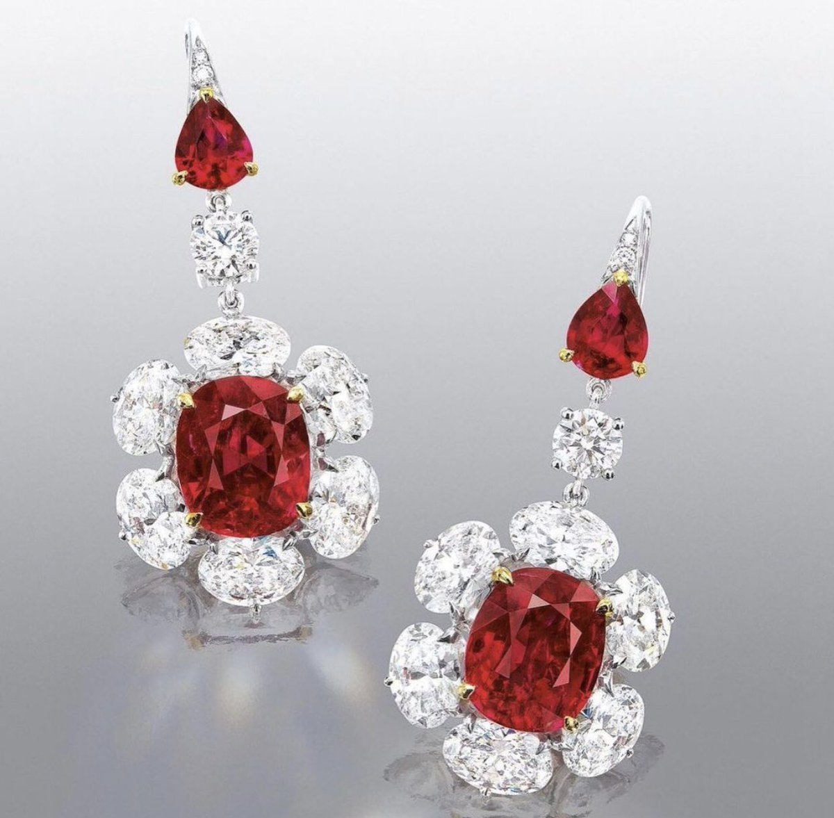 Natural Burmese Rubies with Such Vibrance and in Fairy Red Color! @phillipsauction  #red #rubies #phillipsauction #elegance #jewels