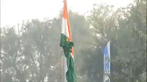 BJP National President Shri @JPNadda unfurls the national flag on 72nd #RepublicDay at BJP headquarters in New Delhi.