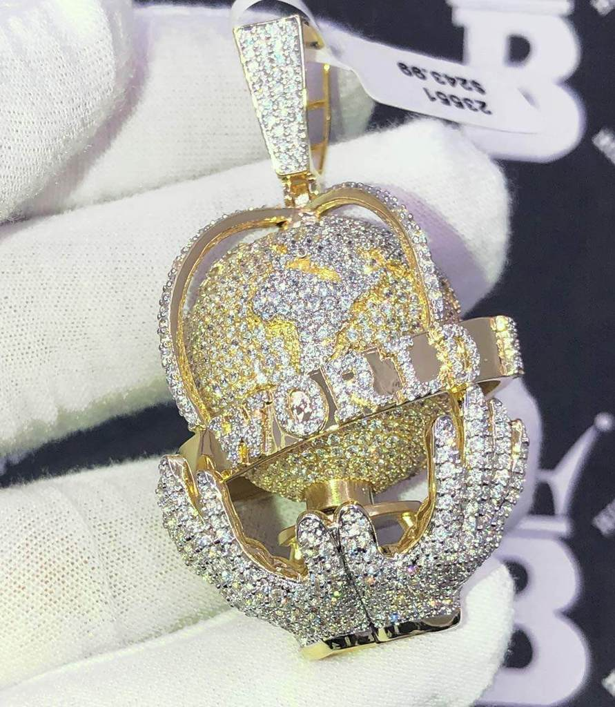 Spinning 3D The World is Mine CZ Hip Hop Bling Bling Pendant! Shine With  #hiphop #hiphopbling #bling #model #photooftheday #instagood #nofilter #tbt #igers #picoftheday #love #nature #swag #lifeisgood #caseofthemondays