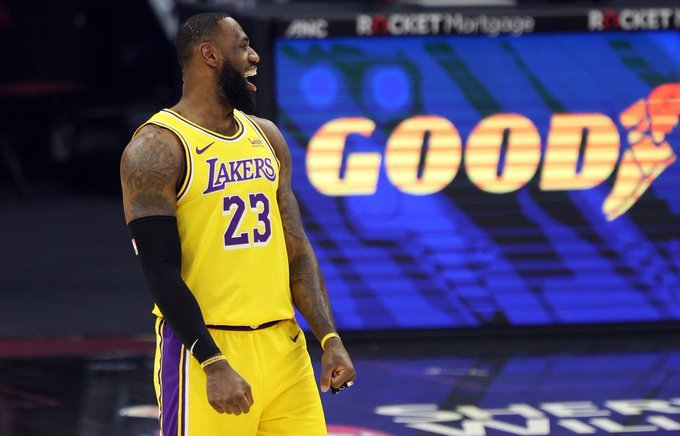 """""""Always great to get a win, especially in purple and gold."""" #LeBron James (46pts) #Lakers W 115-108 vs Cavs. #LakeShow #NBA"""