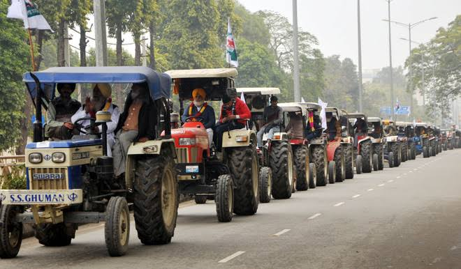 """Praying God  for peaceful """"KISAN PARADE"""". #KisanTractorRally #HistoricTractorMarch @sachin74814851 @jaggapunjab Tweet and retweet if you support """"KISAN PARADE"""". #HistoricTractorMarch"""