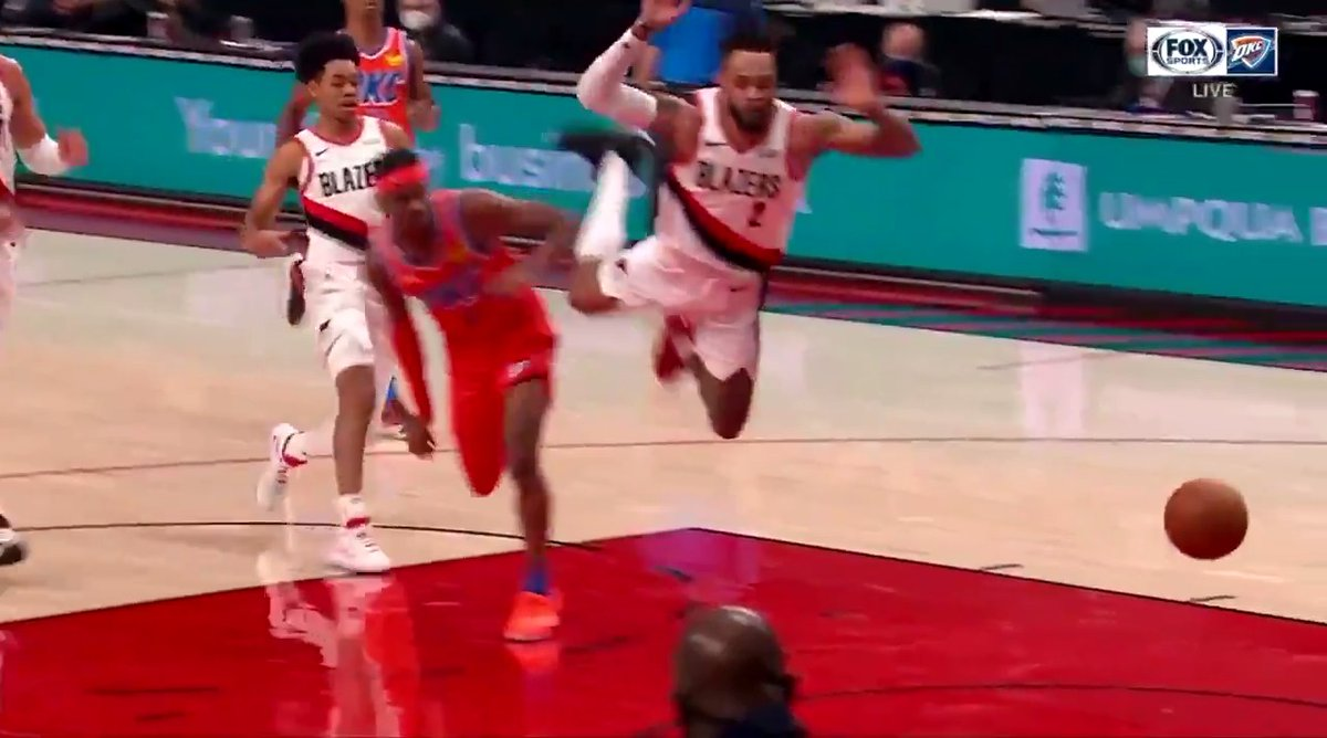 This flop by Gary Trent Jr. is wild 😂 @shaqtin