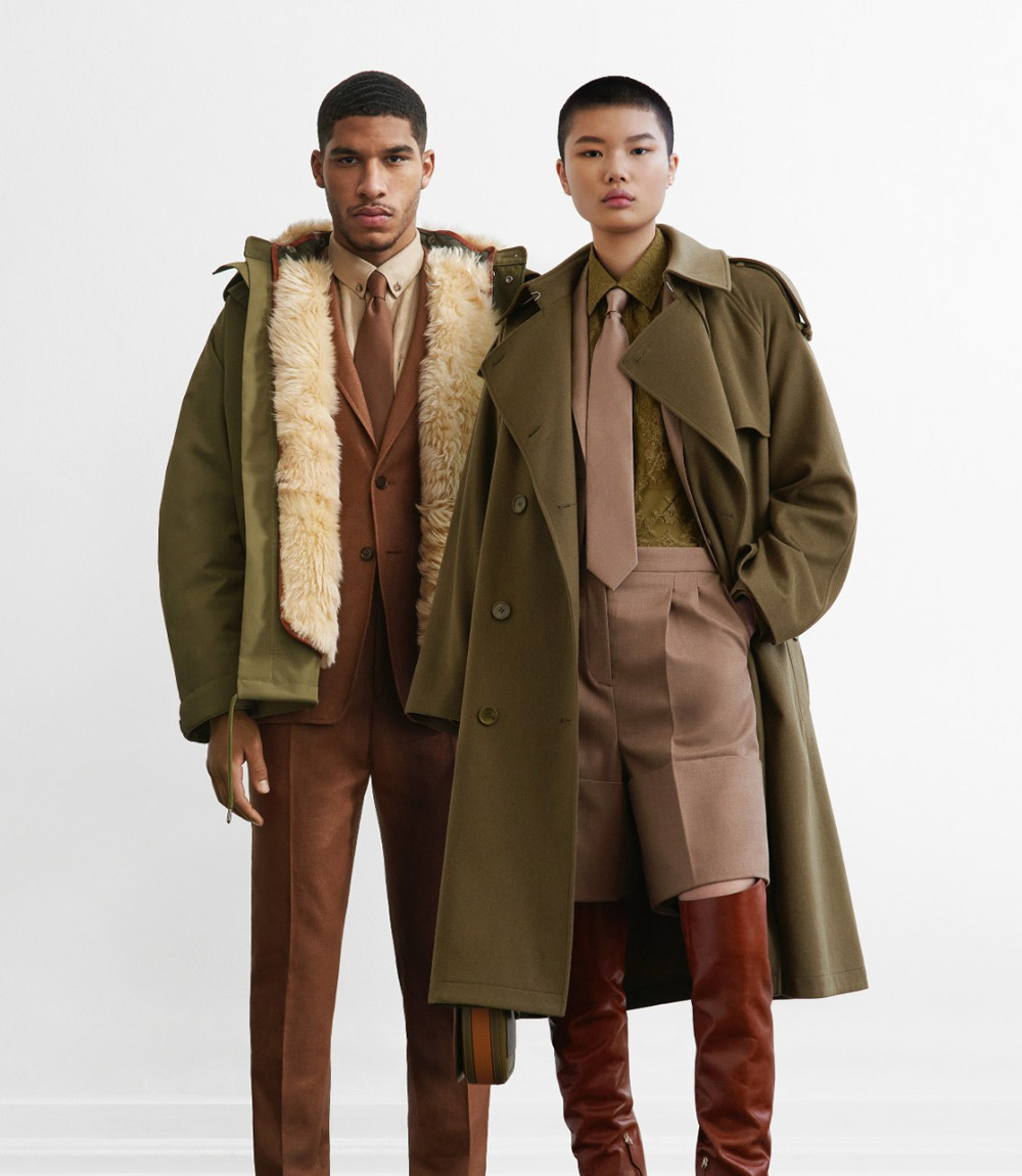 . @Burberry mixes formal and #streetwear codes for its Autumn/Winter 2021 Pre-Collection.   Read more at   #burberry #aw2021 #luxury #fashion #Trends #style #NEW