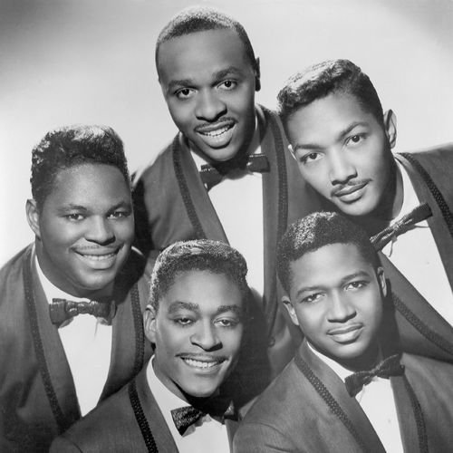 Playing Now:  THERE IS by Dells | Tune in now https://t.co/3DofmEsU8Y -- 50s Thru 80s -- 4 Decades of My Faves #oldies https://t.co/1v2pVSTX5B
