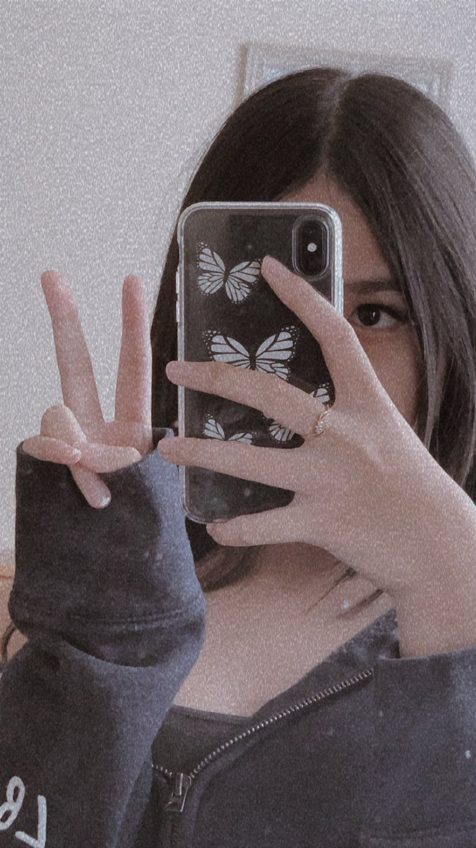 ranboo my beloved<3       — rts r cool        — #bootwtselfieday