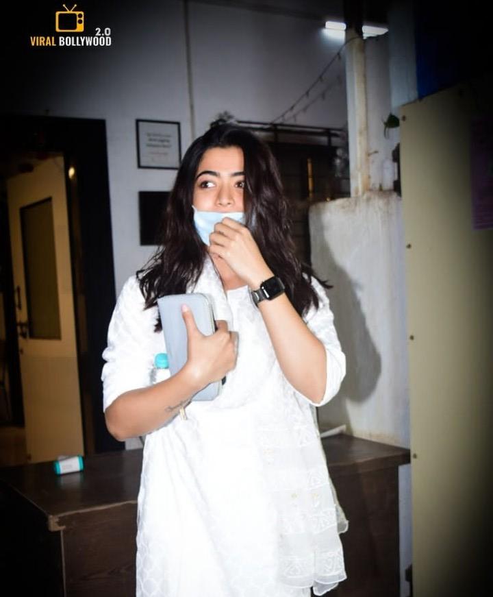 @iamRashmika Happy morning cutie 🙋 @iamRashmika Hiii rosh ♥ be happy always sweaty Rushieee 🤗🤍  At mukesh chihbra office #Mumbai  @iamRashmika #RashmikaMandanna Good luck for   #missionmajnu  Lots of love ♥ ♥ ♥ love's u worship u, yours truly