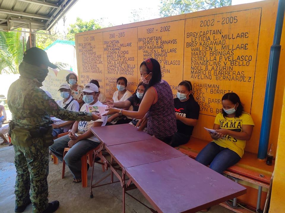 Information dissemination thru distribution of twenty (20) flyers to the residents of Agtangao  Bangued, Abra regarding crime prevention tips, anti-terrorism and VAWC.  #TeamPNP #PNPKakampiMo #ToServeandProtect