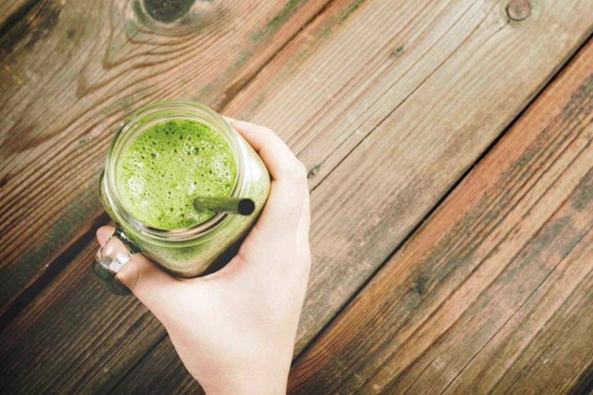 Have you got winter fatigue or the January blues?   This immune boosting smoothie will help give you the boost you are looking for and it tastes great too 🍏🍌🥑    #smoothie #wellnesssmoothie #healthysmoothie #wellness #healthy