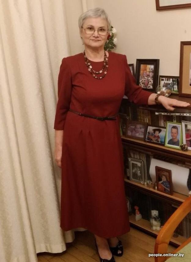 #Belarus 66 yo pensioner Zoya Korotkina, who is in remission after cancer battle, was sentenced to 14 days of arrest. She suffers from glaucoma, but shell be held in a #COVID19 prison.She was accused of protesting - but she was going to a shop.The judges name is Dzmitry Karsiuk
