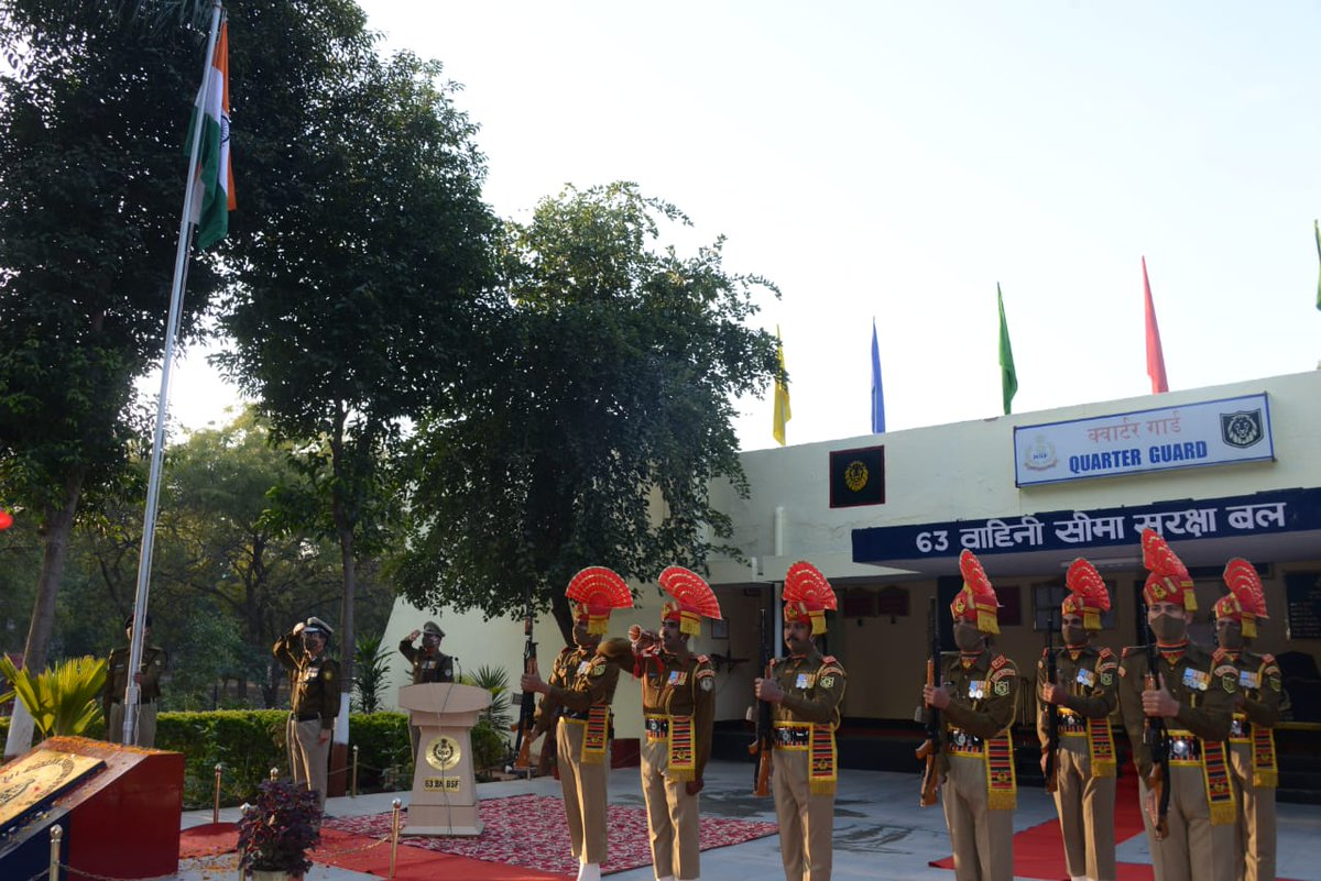 On 72nd Republic Day, IG @BSF_Gujarat hoisted the national flag and extended his best wishes to the nation. #Bordermen of @BSF_India organised Cultural activities by kids.Gymnastic shed and Kabbadi ground was inaugurated and a kabbadi match was played. #RepublicDay d #healthy way