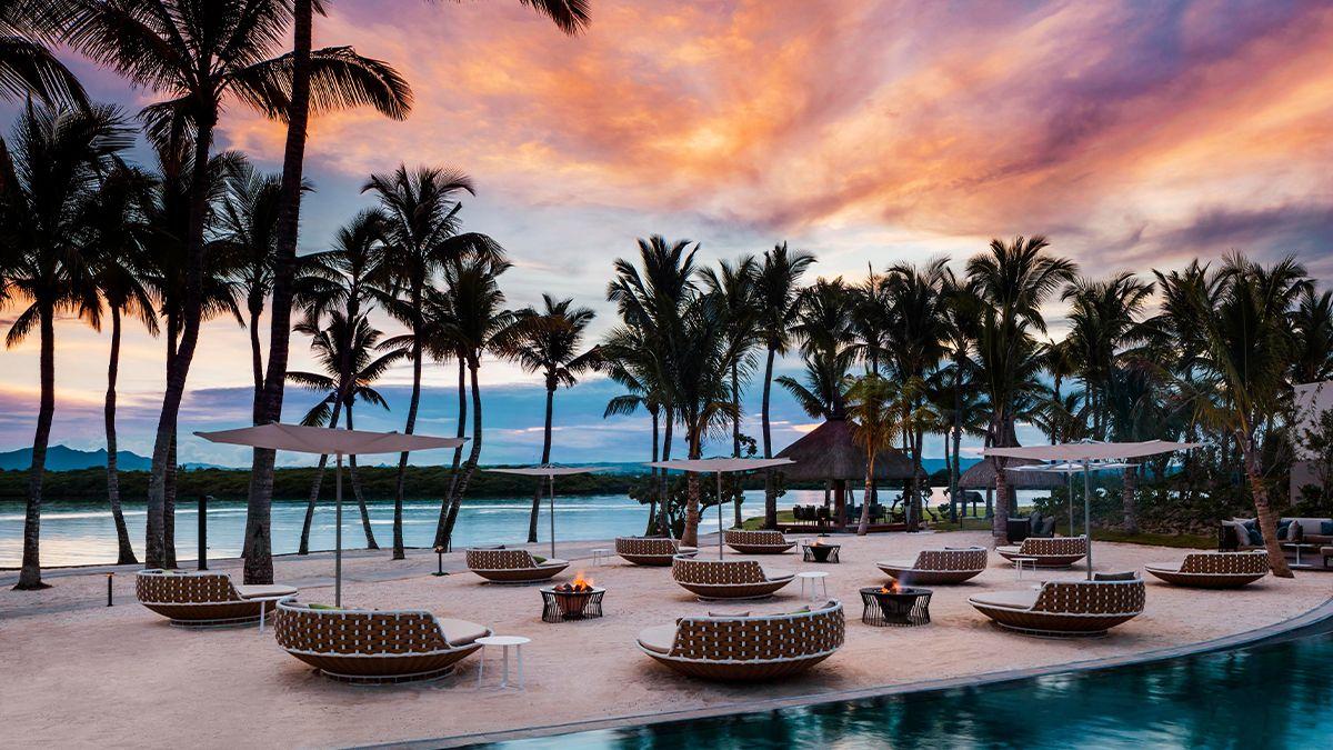 Dreaming of warm summer breezes, sand between your toes and sensational sunsets?   Look no further than @OOLeSaintGeran  #OOnlyHere #FeelMauritius #OOlesaintgeran #indianocean #travel #maldives #paradise #travelphotography #islandlife #wanderlust #mauritius #sunset #travelgoals
