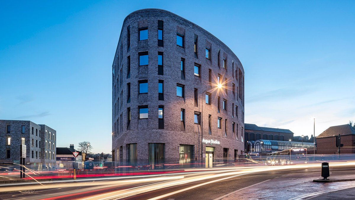 106 Lewes Road by @WaughThistleton challenges preconceptions many hold about #prefabricated architecture. The stunning student apartments feature a combination of #CLT panels, brick slip cladding technology, bespoke prefabricated furniture and bathroom pods.  #MMC #Lemons
