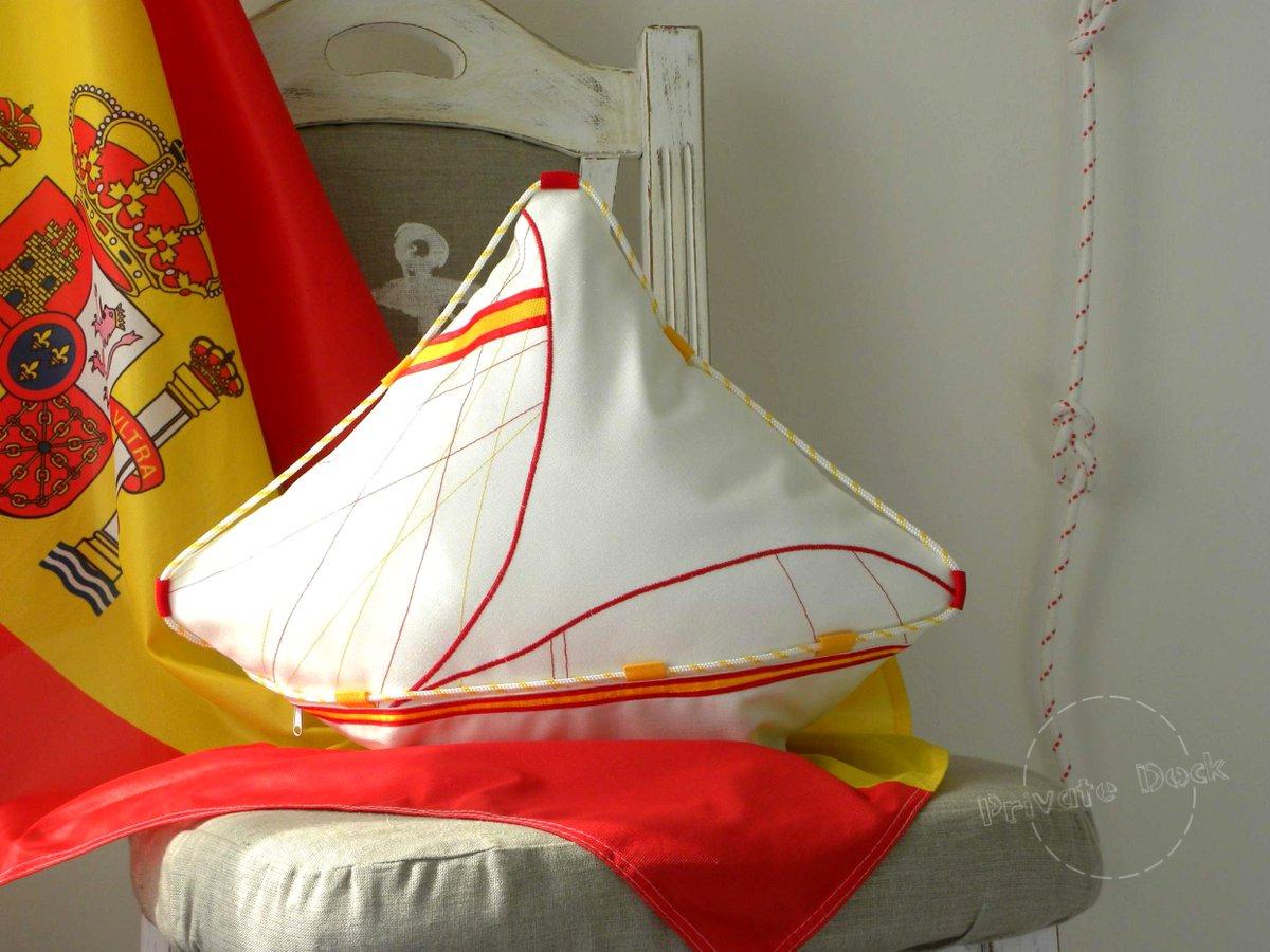 🌊❤️⚓️ Luxury Gifts for Sailors ⚓️❤️🌊 #sailing #sailor #sealovers #ocean #travel #coast #seaside #beachlife #beach #VisitSpain  #Spain #España  #CostaBlanca #playa  #mediterranean  #mediterraneansea   #Mediterráneo #blue #azul  #privatedock