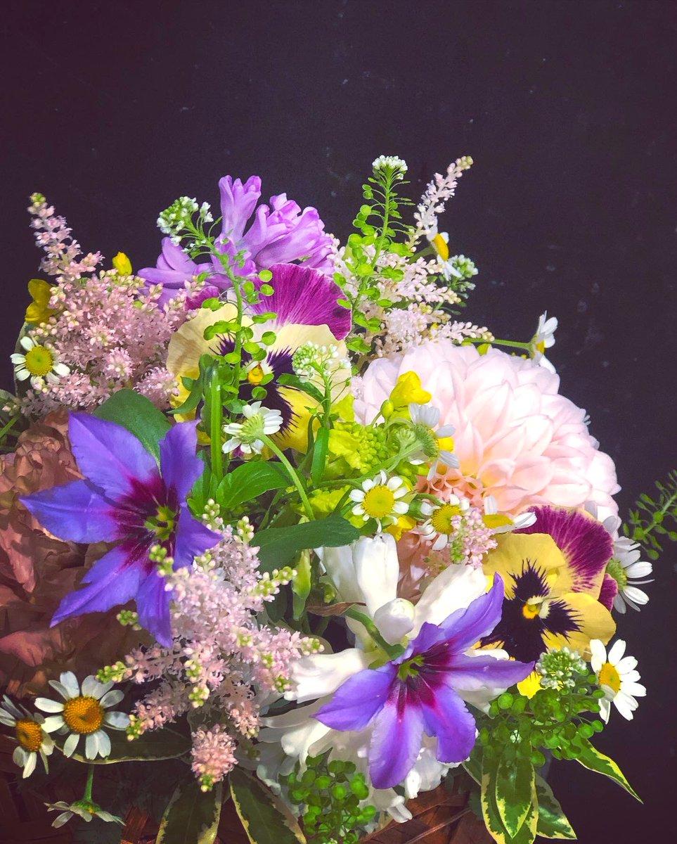 もう少しで春  #arrangement #Flowers