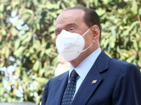 """""""Restiamo nel centrodestra, su Forza Italia solo pettegolezzi"""", la precisazione di Berlusconi - https://t.co/EDbeH8MgQ8 #blogsicilianotizie"""