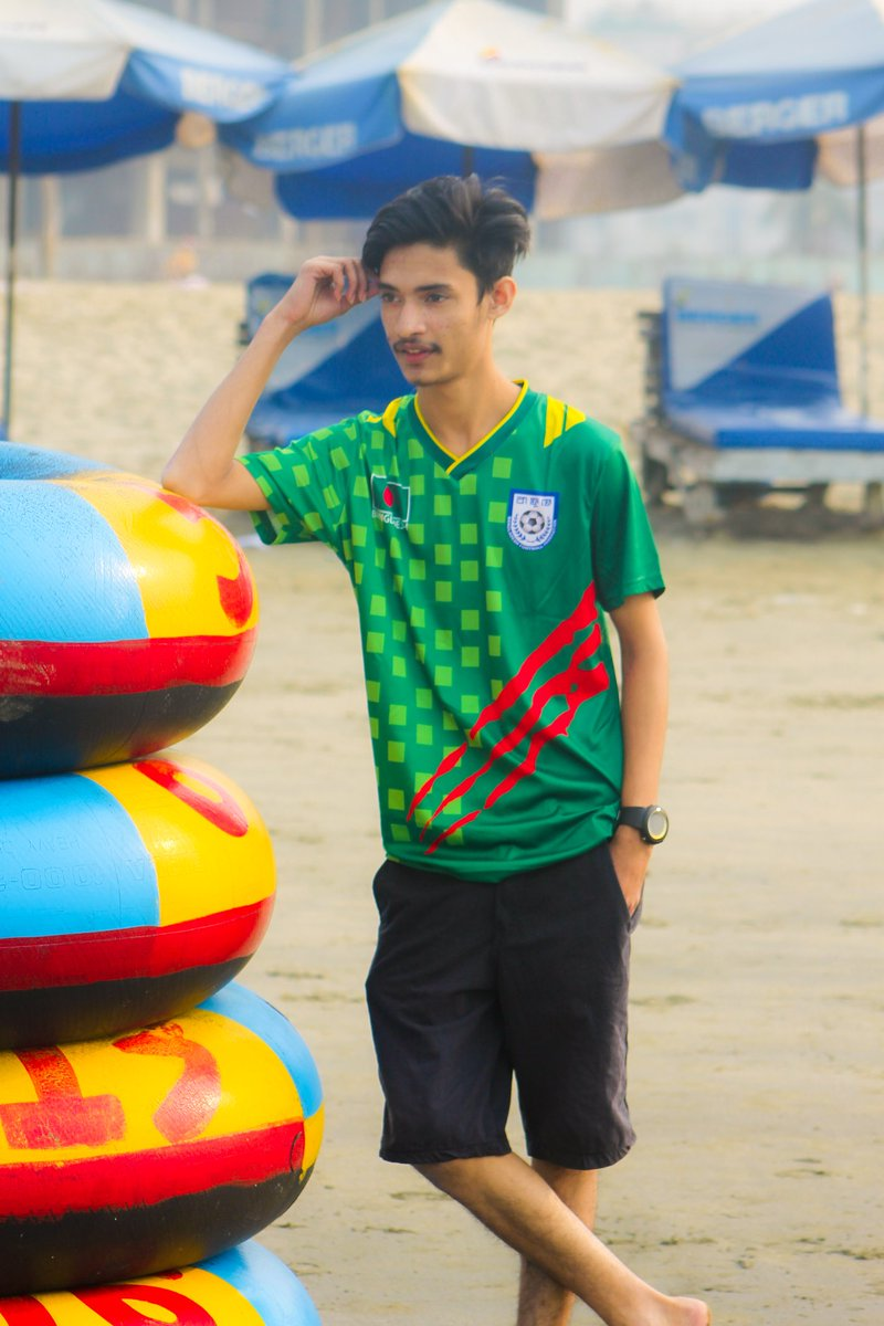 Life is always better at the beach.🏖️ . . #BeachLife #coxsbazar #beach  . #keepgoing #keepmotivating #ayaanakash #kbye