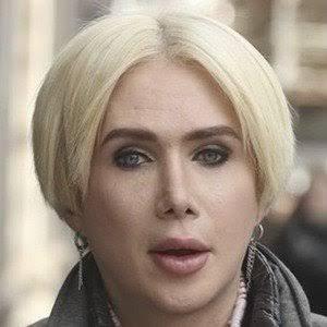 #HappyBirthdayEllenDeGeneres you're a hussy 🤩🤩🤩