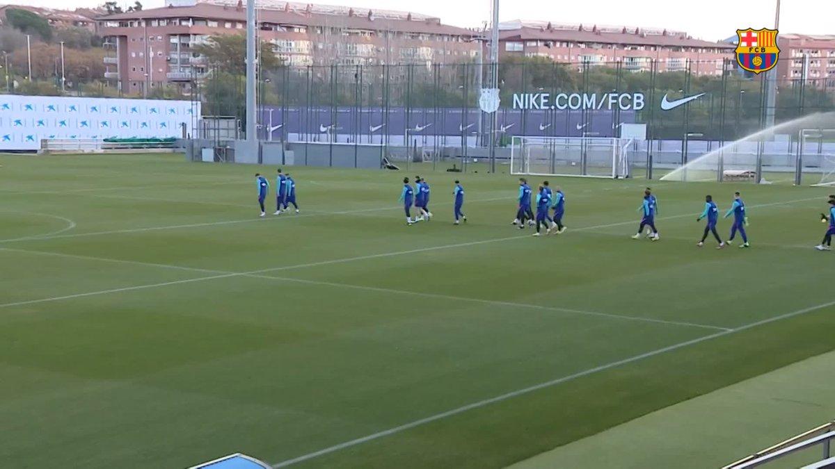 📺 LIVE ▶️   📍 Ciutat Esportiva 💪 Training Session ⚽ #RayoBarça