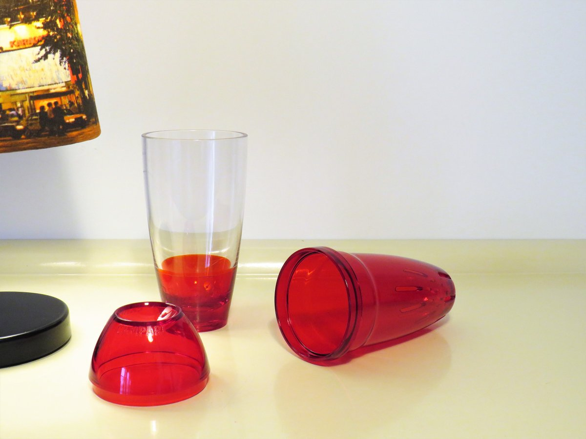 Vintage Cocktail Shaker Campari Guzzini, Red Plastic Color, Plastic Shaker for Cocktails, Clear Cocktail Shaker, Made in Italy, 1970s  #Retro #covid-19 #Wedding #MyNewTag #FREESHIPPING #BlackFriday #Christmas #Campari