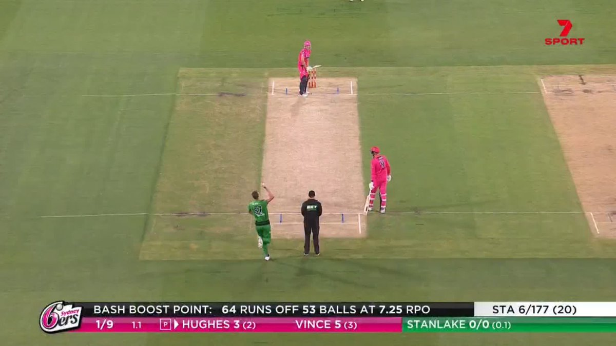 A great catch from Glenn Maxwell!  Running back, under the high ball and makes no mistake 🙌  #BBL10