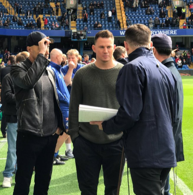@GuilV15 📝 Leaked images of new Chelsea manager Jeff filming his announcement video in Stamford Bridge. Announcement imminent #HereWeGo #HisNameJeff