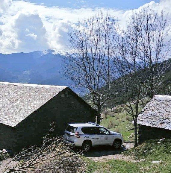 #KeepCalm  #policiaandorra #andorrapolicia #Andorra #toserveandprotect #police #Policia #cops #mountains #sky #BlueLivesMatter #rural