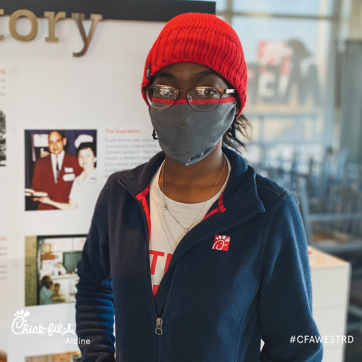 It's #TeamMemberTuesday! Eboney is great at being a big team player and we appreciate all her hard work! ❤️  Her favorite thing to eat are the Chick-fil-A nuggets, favorite position is beverages and her hobby is going to the park 🌳 #CFAAldine #MyPleasure #AppreciationPost https://t.co/xwm3XGWHq8