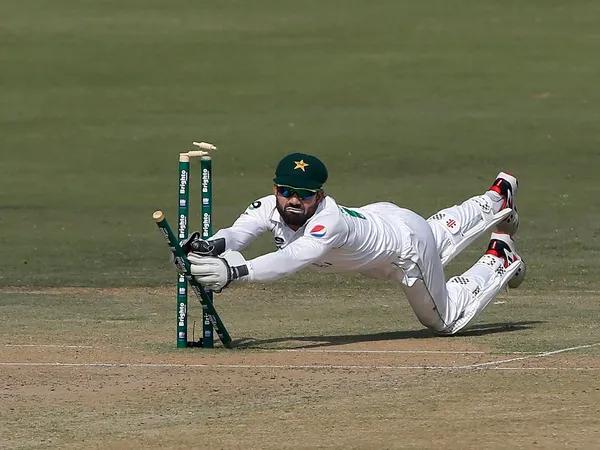 [VIDEO] Pakistan's Rizwan comes up with Jonty Rhodes-esque run out to remove Van der Dussen in Karachi Test  Read: