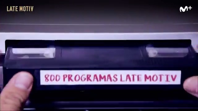 Felices 8⃣0⃣0⃣ programas, @LateMotivCero. 💙