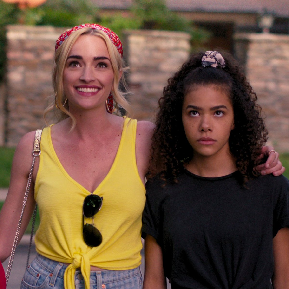 Meet Ginny and Georgia: a daughter and mother with a lot to figure out... mostly themselves.