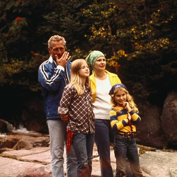 Clea Newmans name comes from Lawrence Durrell's Alexandria Quartet, which Joanne Woodward was reading when she gave birth. (Cleas sisters name is Melissa.) Paul Newman #botd Newman and Woodward, with their daughters Melissa and Clea (1974)