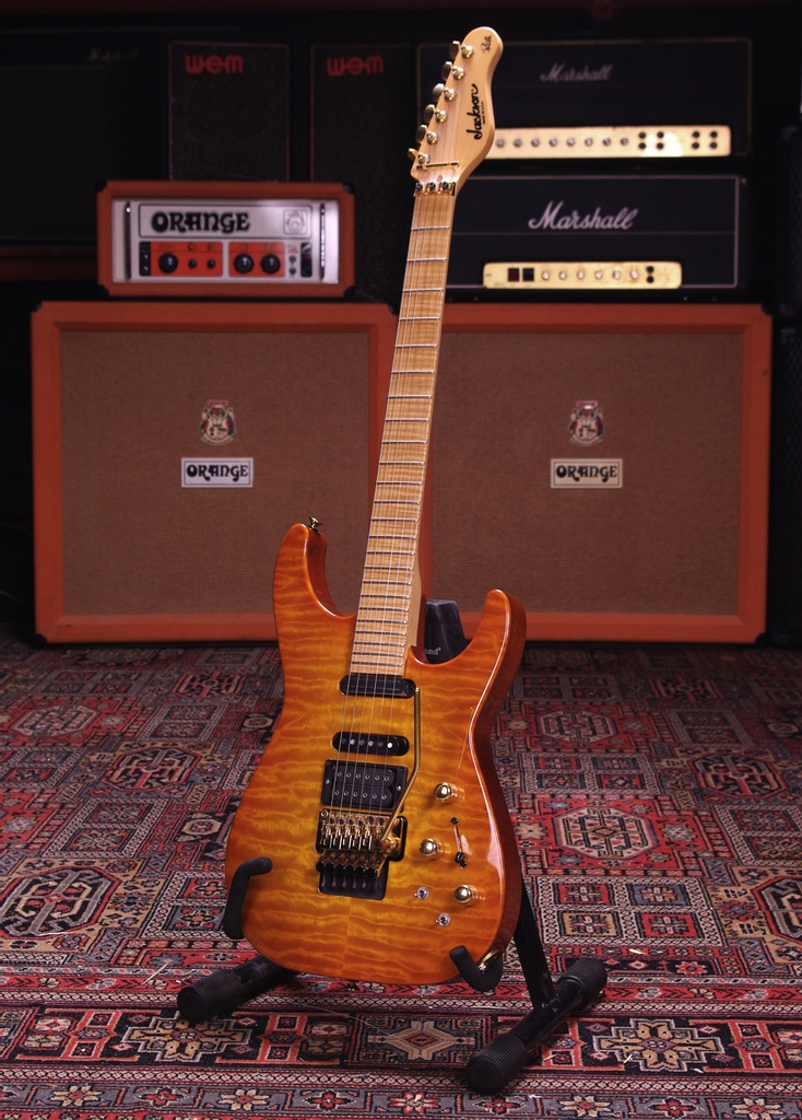 2003 Jackson Phil Collen PC1. Near mint with original case. Coming up in our March auction!⁠ #guitarauctions #jacksonguitars #philcollen #defleppard #rock #music #jacksonpc1