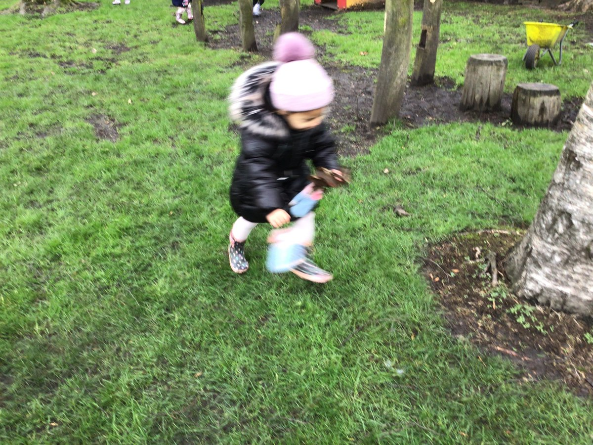 """One of our children asked """"what if the birds are tired after eating the food?"""" The children in preschool thought very hard about this and decided to make nests for them so that they could have a little rest @Britnatureguide @RSPB #curious #thoughtful"""