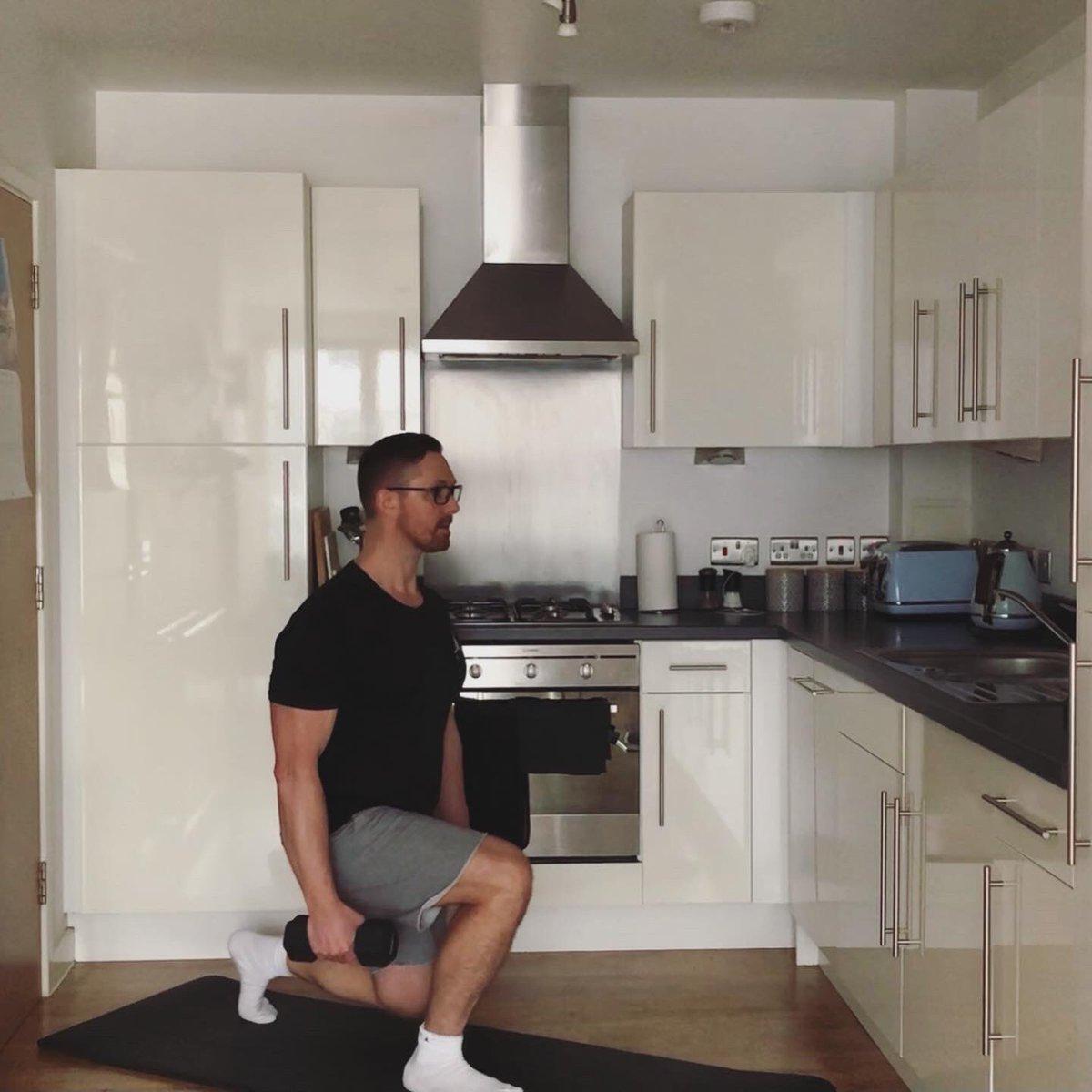 DUMBBELL FULL BODY WORKOUT.   ⬇️⬇️⬇️⬇️⬇️    #homeworkout #gym #dumbellworkout #workout #fitness #fun #bodybuilding #squats #chestworkout #legday #personaltrainer #londonpersonaltrainer #onlinecoach #housemusic #airjordan #nike
