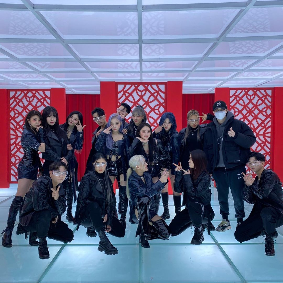 [#FOTO] 26.01.21 - Atualização da coreógrafa e dançarina hwang__sooyeon com o Dreamcatcher no Instagram:  🔗:  @hf_dreamcatcher  #SUA #수아 #드림캐쳐 #DREAMCATCHER