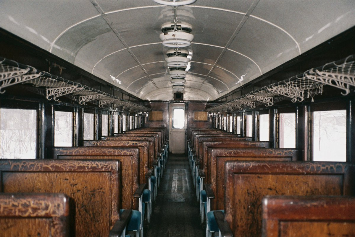 とある冬の列車、廃 #写真で伝えたい私の世界 #ファインダー越しの私の世界 #フィルム写真 #photography #カメラのある生活 #写真好きと繋がりたい