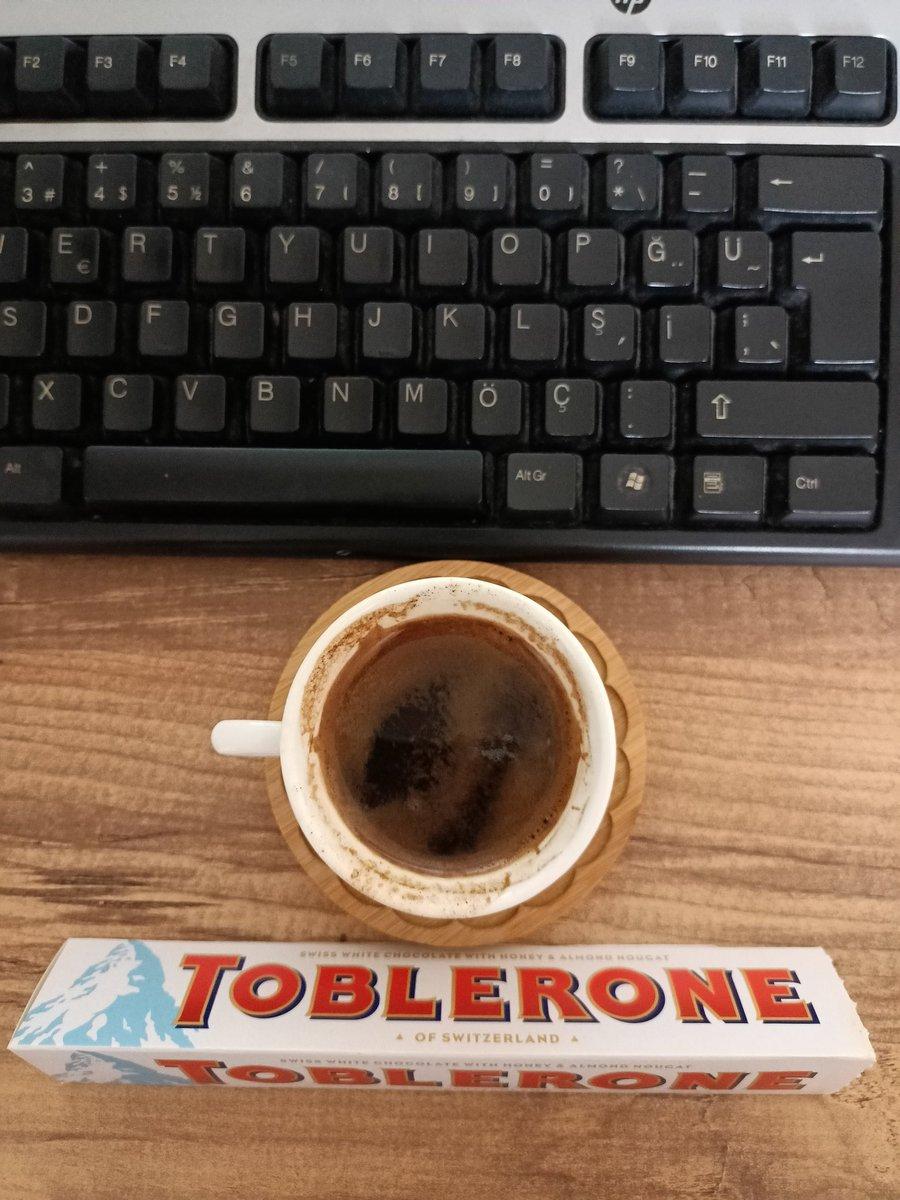 Yarısını höpürdettiğim kahvemle birlikte iş modu #on