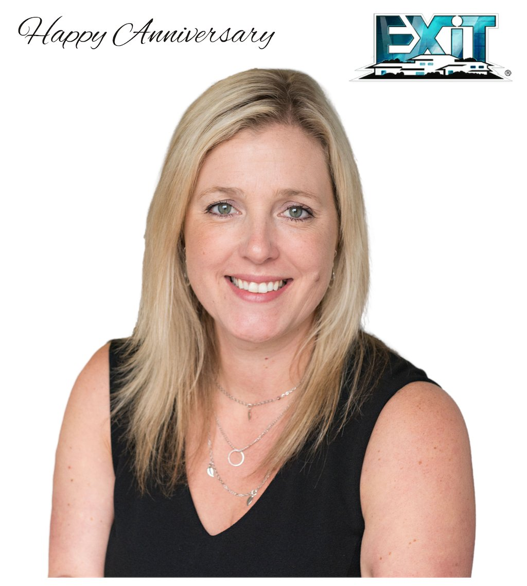 Happy 10th Anniversary with EXIT Realty Liftlock Shannon Linton, we are lucky to have you in the EXIT Family! #LovExit #topproducer #realtor #peterborough #10thanniversary