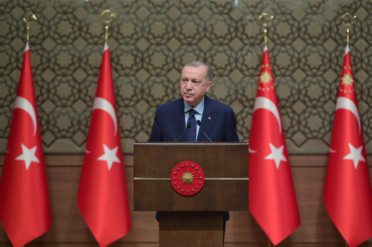 """""""Türkiye'nin sahip olduğu hizmet altyapısının gücü ve sosyal devlet vasfının genişliği kriz dönemlerinde çok daha iyi ortaya çıkıyor"""""""