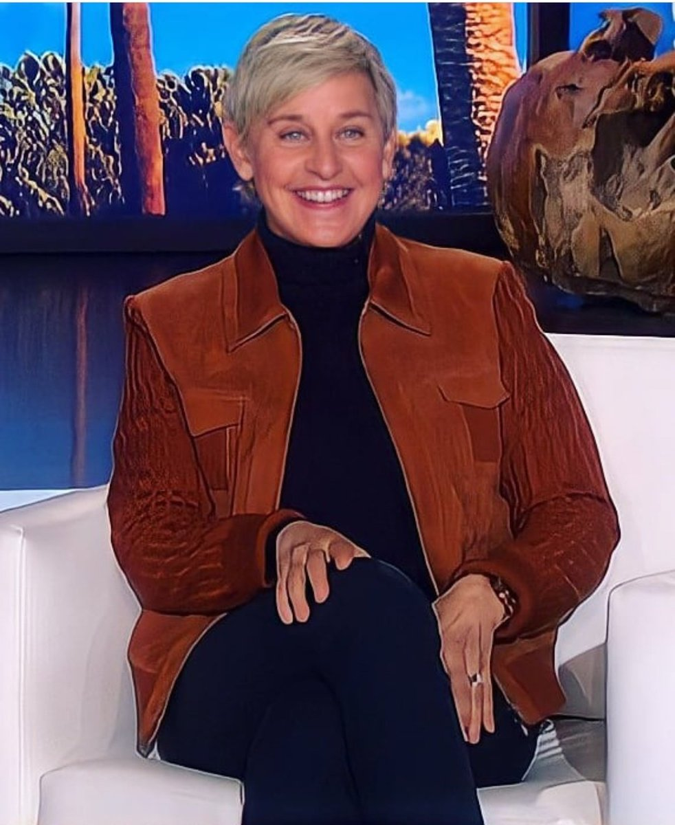 Happy Ellen Day!🥳❤️ @TheEllenShow  #HappyBirthdayEllenDeGeneres  #HappyBirthdayEllen