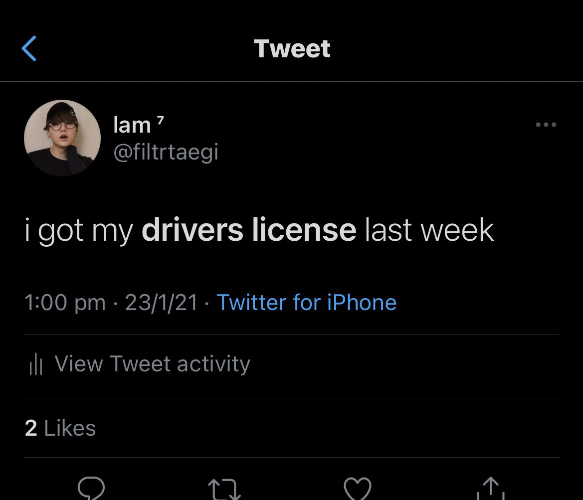 me : wow drivers license is a good song lemme tweet the lyrics   @TENVOLUTlON , the oomf with zero brain cells : yOU GoT yOuR DriVerS LicEnSe? https://t.co/9BRw6pURq2