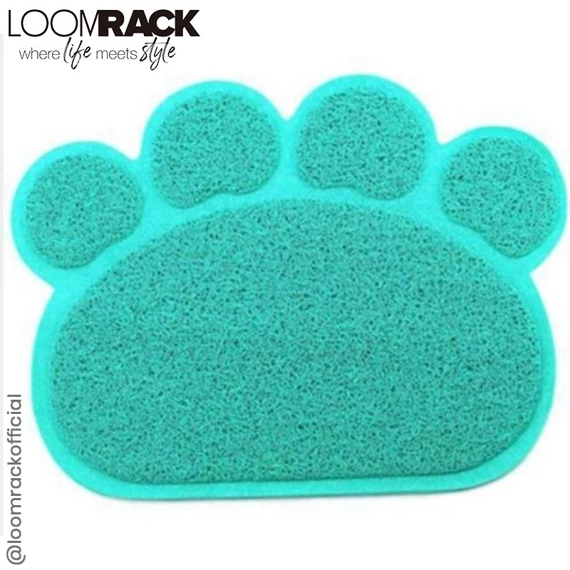 Animal Paw Feeding Placemat Avoid the mess and quit vaccuuming or mopping every crumb or drip each time your dog or cat heads to the bowl.😍🥰😍  Shop Now 😎👉  #instapic #instadaily #instamood #loomrackofficial #loomrack