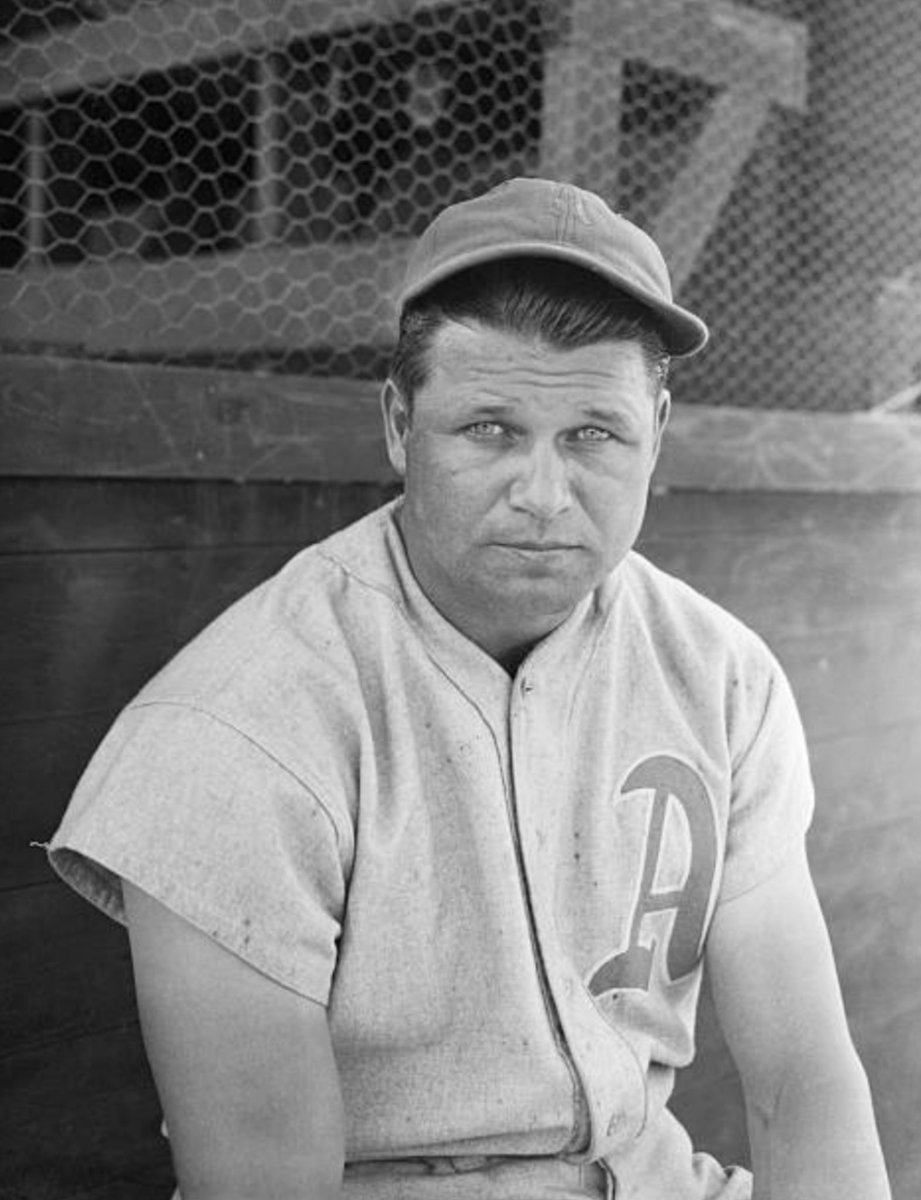 1/26/51 With a career .325 average and 534 career HRs, along with being a 2x WS Champion and 3x AL MVP and 4x AL HR Leader among his many accolades, Jimmie Foxx receives 79.2 percent of the vote and is elected to the Baseball Hall of Fame. #Philadelphia #Athletics #MLB #HOF https://t.co/khVckJjT0w