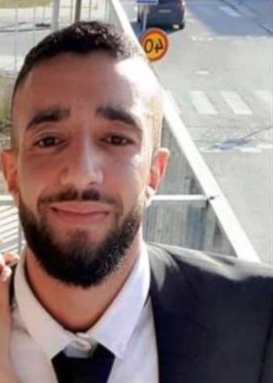 Har du set Omar Afif Jammal eller ved, hvor han måske opholder sig - så vil vi gerne høre fra dig på telefon 1-1-4 #politidk https://t.co/gDcx2E3zjW https://t.co/6MaUS7k08o
