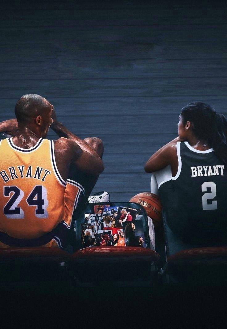 Estamos cumpliendo un año sin Kobe Bryant. Quizá la noticia más triste en la historia del baloncesto   Aun así te sigo recordando todos los días. ETERNO. 🐍  #MambaForever 💜💛