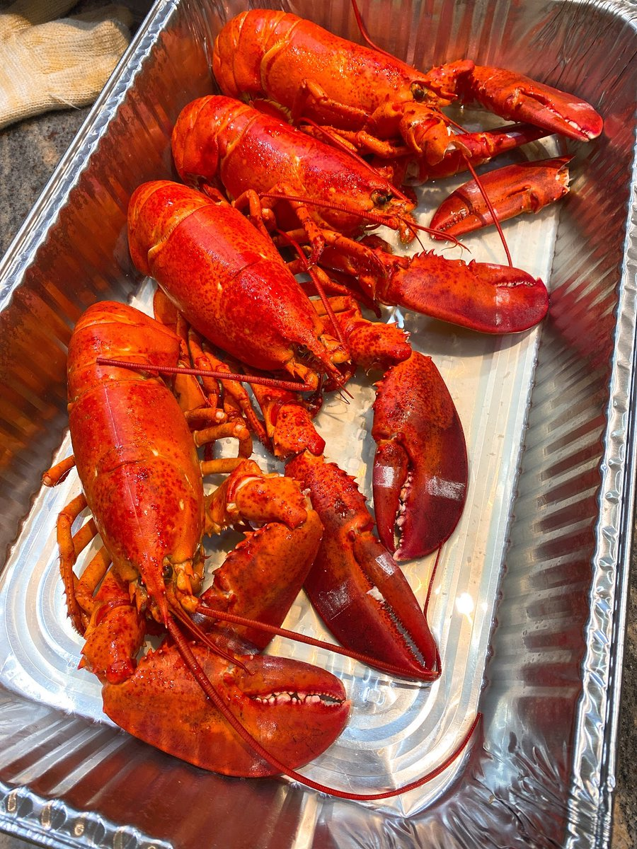Who's hungry for some fresh lobster? Experience the best lobster in Indianapolis when you come to Pier 48!     #tuesdaymotivations #tuesdayvibe