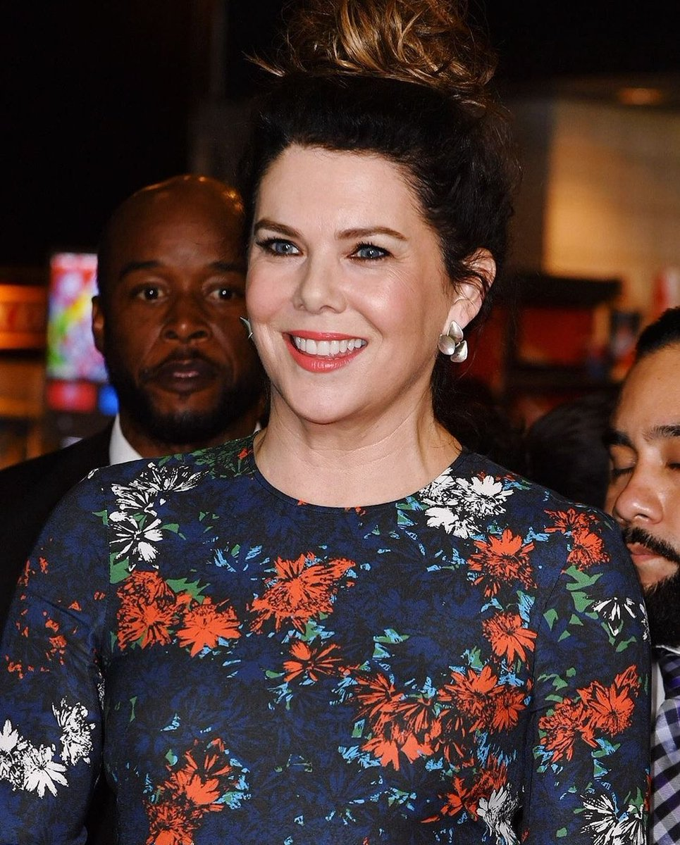 @thelaurengraham   I love your look, your blue eyes remind me of my childhood.  Your #Smile my dream to receive an identical one one day.  I love you ❤  #laurengraham