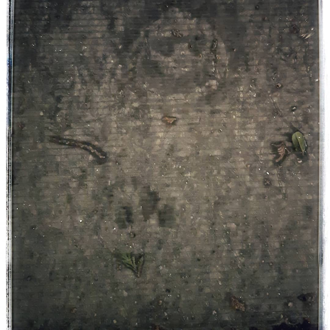 #nationallockdown #lockdown3 #newyear2021 #newwork #art #photography📷 #digitalphotography #abstract #walking #urban #burley #headingley #graffiti #frosty #spangles #night #diamonds #shapes #health #wellbeing #freshair🍃 #mindfulnessart #familyfirst #edenartz #new #opportunities