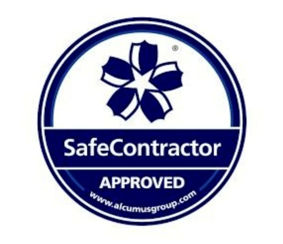 Our @safe_contractor accreditation backs up our dedication to health and safety excellence in the #Security industry.   Start the new year right, get in touch for a tailor made package.   📱 07498206368 ☎️ 01942367517 📧 info@hawkeyess.co.uk   #tuesdayvibe #Security #COVID19